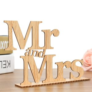 Creative Mr and Mrs Wedding Party Festival Restautant Wood Table Sign Decor Craft Gift