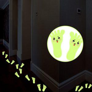 1 Pair Cute Cartoon Little Feet Fluorescent Wall Stickers DIY Art Home Decor Creative Stair Floor Stickers Kids Bedroom Decor