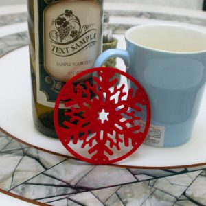 2PC Jul soffbord Vatten Snowflake Coaster Isolering Pad Coaster Doily Christmas Cup Coaster Kudde