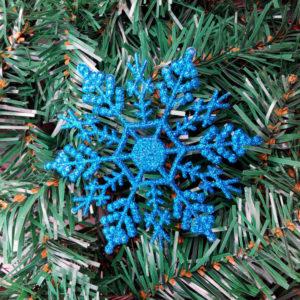12PCS Christmas Snowflake Piece Plastic Pendant