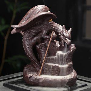 Lyckliga Dragon Purple Sand Smoke Backflow Rökelse Brännare Kreativa aromaterapi Censer Dekorationer
