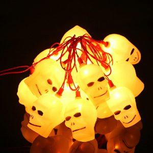 16 LED Halloween LED Flashing Skull Heads String Lights 220V