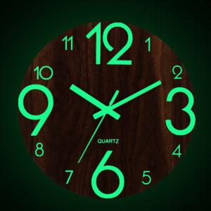 """12 """"självlysande väggklocka kvarts trä tyst non Ticking Dark Home Room Decor"""
