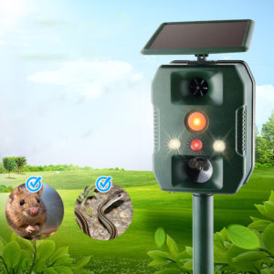 LyRay SJZ-618A Outdoor Infrared Induction Multi-function Animal Repeller Solar Power Ultrasonic Vibration Voice Drive IP44 Waterproof for Garden Farm Rabbit Snake Rat Eagle Insect