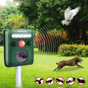 KC-JK369 Garden Ultrasonic PIR Sensor Solar Animal Dispeller Strong Flashlight Dog Repeller