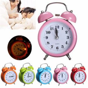 Klassisk tyst dubbelklocka väckarklocka kortfattad kvartsrörelse nattlampa heminredning